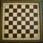 szachownica_drewniana