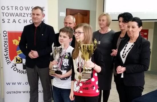 pawel_piekielny_ola kubasik_szachy_ostrow